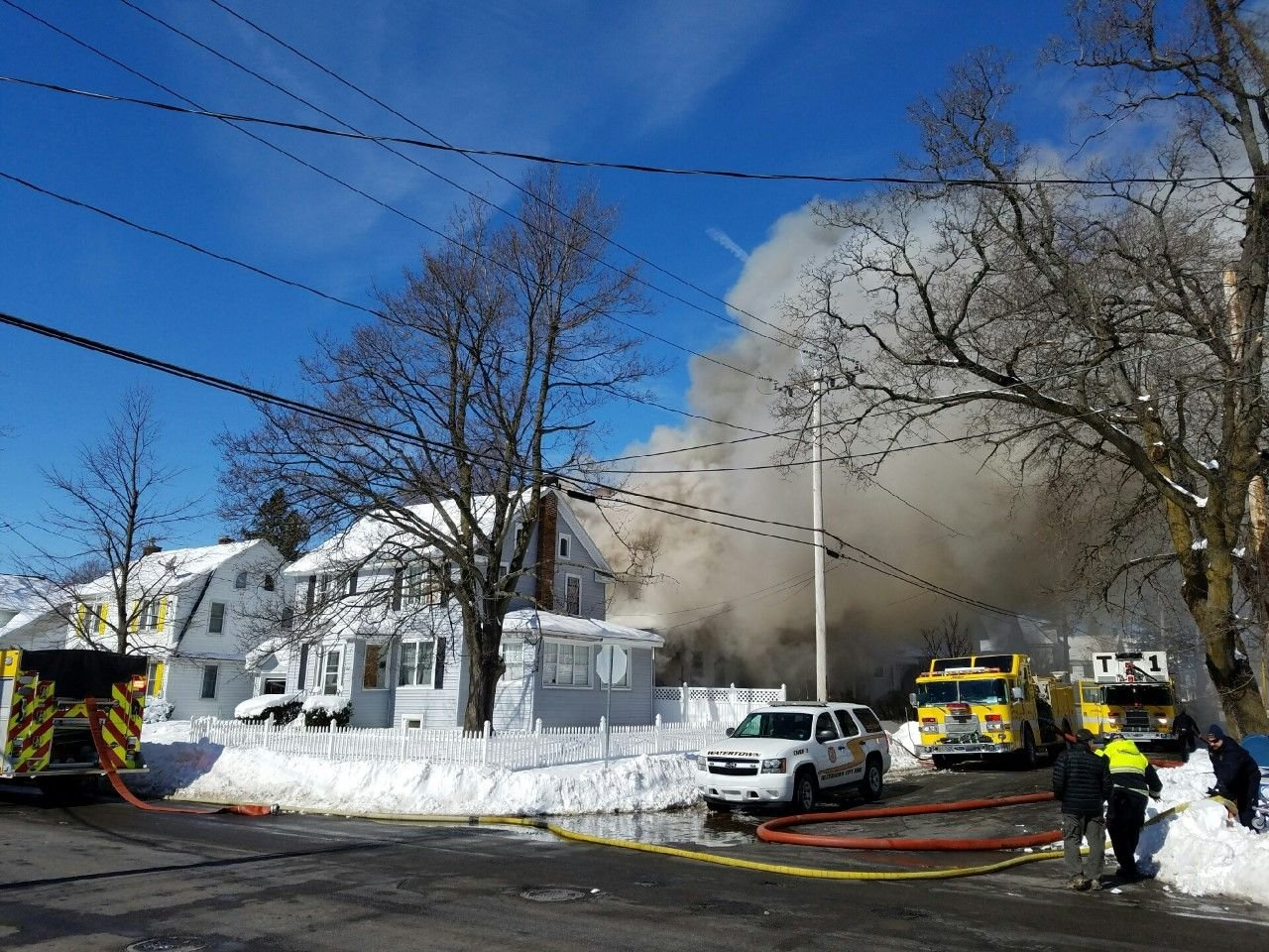 Firefighter dies at Watertown, Massachusetts house fire