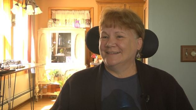 Local woman excited to meet tim mcgraw faith hill m4hsunfo