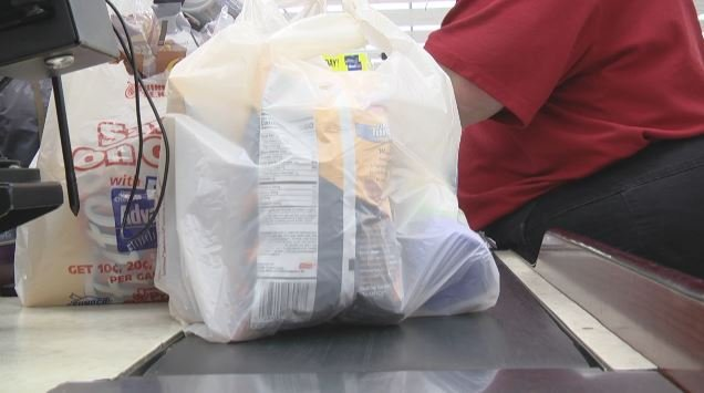 Plastic bag ban could be coming to restaurants